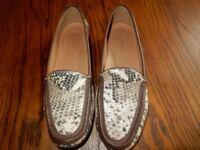 Ladies Size 39 Jones Flat Snakeskin Mocassin Shoes