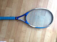 Dunlop Biomimetic Team tennis racket (Blue) -Newly restrung. (Great condition)