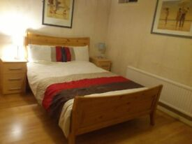 Nice two Double and two Single Rooms near Bournemouth University