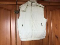 Lovely PRADA Padded Body Warmer / Gilet with Detachable Hood Size Tg L - will fit Size 12-14