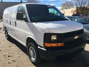 2014 Chevrolet Express 3500 Cargo | 4.8L V8 | 4 NEW TIRES Kitchener / Waterloo Kitchener Area image 5