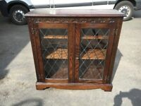 LOVELY OAK WOOD BOOKCASE \ DISPLAY CABINET BY 'JAYCEE ~~ CAN DELIVER TO WEST MIDLANDS