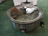 Slow cooker, as new condition 6.5l