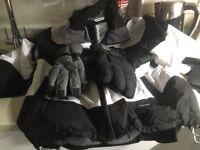 Men's large size ski jacket plus 2 pairs of large gloves