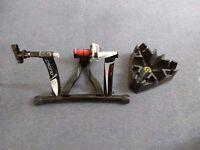 Elite Crono Fluid ElastoGel Turbo Trainer & CycleOps Riser Block
