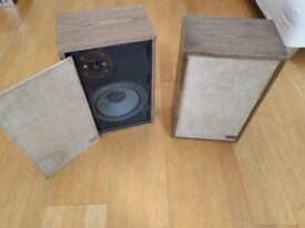 Excellent Beautiful Vintage Speakers: Acoustic Research (AR-7) / Refurbished + Fully Functioning