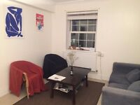 Large double room in spacious Clapham House | 5 mins from tube