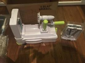 5 blade spiralizer - never used