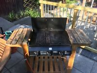 Gas BBQ with grill and griddle