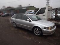 2003 VOLVO V40 1.8 PETROL SILVER WITH FULL BLACK LEATHER INTERIOR