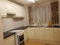 Good Quality Kitchen Units Available £20 Must come and collect!
