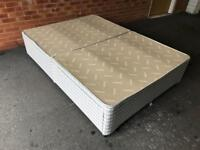 Double divan bed basewith 4x drawers ** FREE DELIVERY**