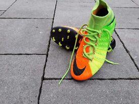 Kids Nike Flynit Hypervenom boots