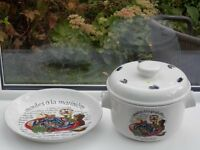 Authentic French moules pot and recipe plate
