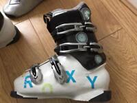 Ladies Size 6, Roxy ski boots