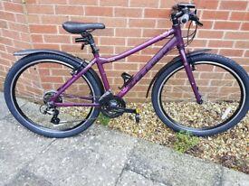 "£200. Brand New 16"" Carrera Axle Women's Hybrid Bike + Free Accessories & Halfords Care Plan"