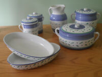 Kitchenware serving dishes