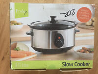 *Brand New In Box* Slow Cooker For Sale