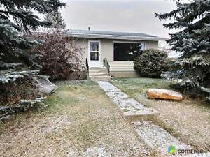 $259,900 - Bungalow for sale in Stony Plain
