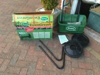 garden lawn spreader
