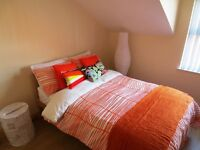 ~Mature Student Rooms Belfast ~ Large ROOMS ~ Double BEDS ~ Free WIFI ~ Location Close To QUEENS ~
