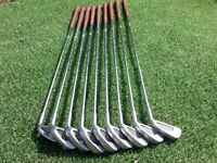 Golf Clubs.. Set of Irons.. Mens.. R/H