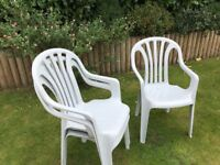 3 Stackable lightweight garden chairs
