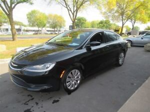 2016 Chrysler 200 LX