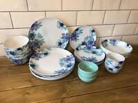 White Blue Floral Flower Dinner Ware Crockery Set Plates Bowls x 26 Piece