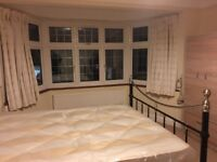 2 bed flat available in Kenton immediatley