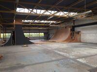THE GARAGE SKATEPARK - quarter pipe(s), grind box - some free wood LIVINGSTON