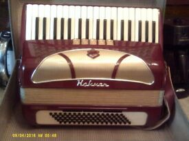 HOHNER VINTAGE PIANO ACCORDIAN, with CASE & KEYS.