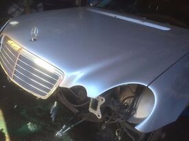 06 MERCEDES E280 CDI AUTO THIS CARS FOR PARTS ALL PARTS AVAILABLE
