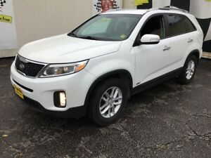 2014 Kia Sorento LX, Automatic, Heated Seats, AWD