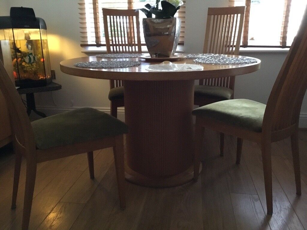 Heals Round Dining Room Table And 4 Chairs With Matching Side Board
