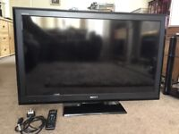 """Sony KDL-40S5500 40"""" HD TV 1080p Digital Freeview Tuner with Accessories"""