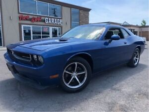 2010 Dodge Challenger LEATHER MOONROOF HEATED FRONT SEATS