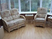 Conservatory 5 piece suite--High quality and in good condition.