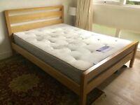 Solid Oak 'Windsor' bed + Silentnight mattress