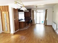 Stunning 3 Bedroom House to Rent in Hendon Central NW4