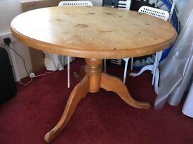 Pine kitchen table - round, single leg with 3 feet