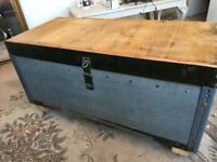 Trunk Chest Metal and Pine large Industrial Retro Storage Coffee Table