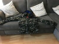SUPERDRY CAMOUFLAGE JACKET SIZE LARGE EXCELLENT CONDITION