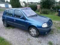 Renault Clio 1.6 8v spares or repair