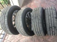 4 bmw Alloys and good tyres