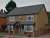 Will Take Offers - BMV 6-Bed London Detached House For Sale, Must Go Quick