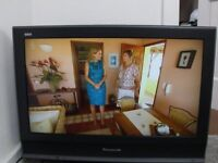 Panasonic Viera HD 32inch TV with remote