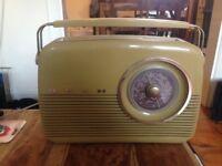 Bush vintage look radio
