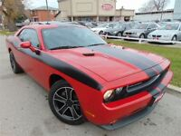 2012 Dodge Challenger COUPE SXT LEATHER ROOF