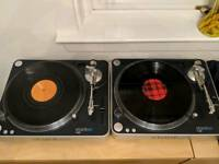 Stanton T60 vinyl decks